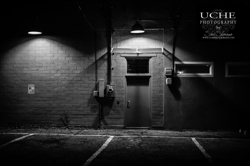 20161227.362.365.the dark alley being watched