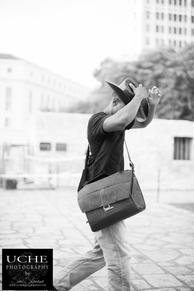 20150818.cowboy and a camera bag